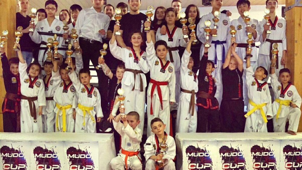 Sportschule Jung Wuppertal - Kampfsport für Taekwondo Kinder Training